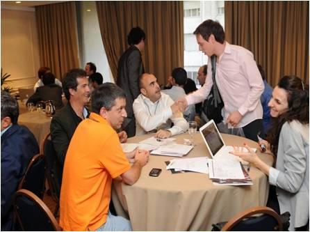 Networking de empresarios y profesionales del mundo de los negocios B2B en America Latina